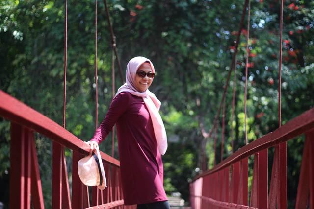 Berani Foto Pacar di Jembatan Putus Cinta Kebun Raya Bogor