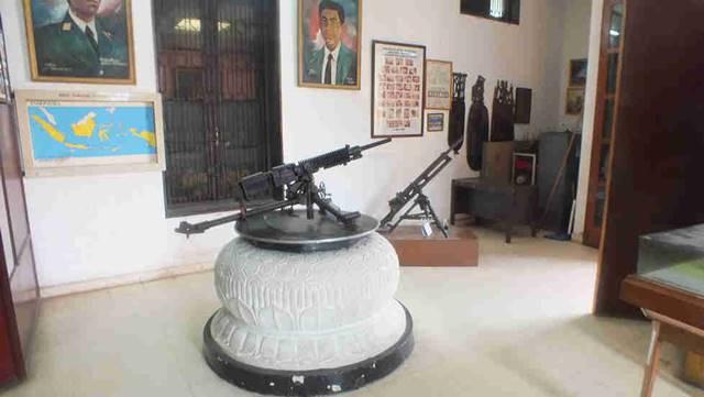 Senjata mesin tua peninggalan pejuang kemerdekaan Indonesia